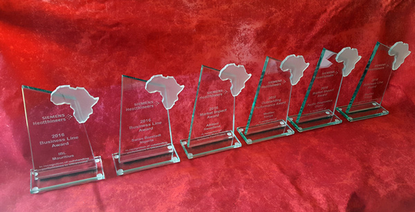 glass trophies africa