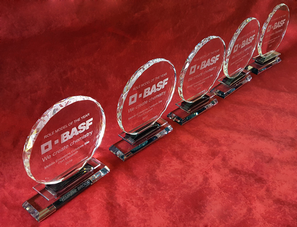 round crystal awards